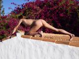 Yanna body magic63lxkaub6j.jpg