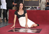 th_05269_JLD_honored_with_star_on_hollywood_walk_of_fame_09_122_336lo.jpg