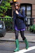 Лив Тайлер, фото 2644. Liv Tyler leaving her house in NYC - 01/10/10, foto 2644