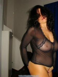 Madura tetona natural graba un vdeo porno amateur - Tetas