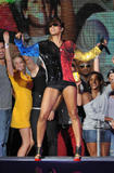 th_71864_celebrity-paradise.com-The_Elder-Keri_Hilson_2010-02-04_-_Pepsi_Super_Bowl_Fan_Jam_in_Miami_122_500lo.jpg