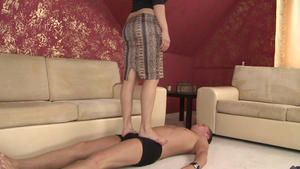 Hunt Erotic: Trampleface Boy - By Domina Lea Lexis And Her Slave Gary Corona