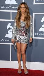 http://img181.imagevenue.com/loc446/th_01645_JLO_2011Grammy2_122_446lo.jpg